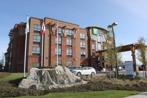 Hotel Near YVR Airport & via Canada Line Skytrain - Fairmont